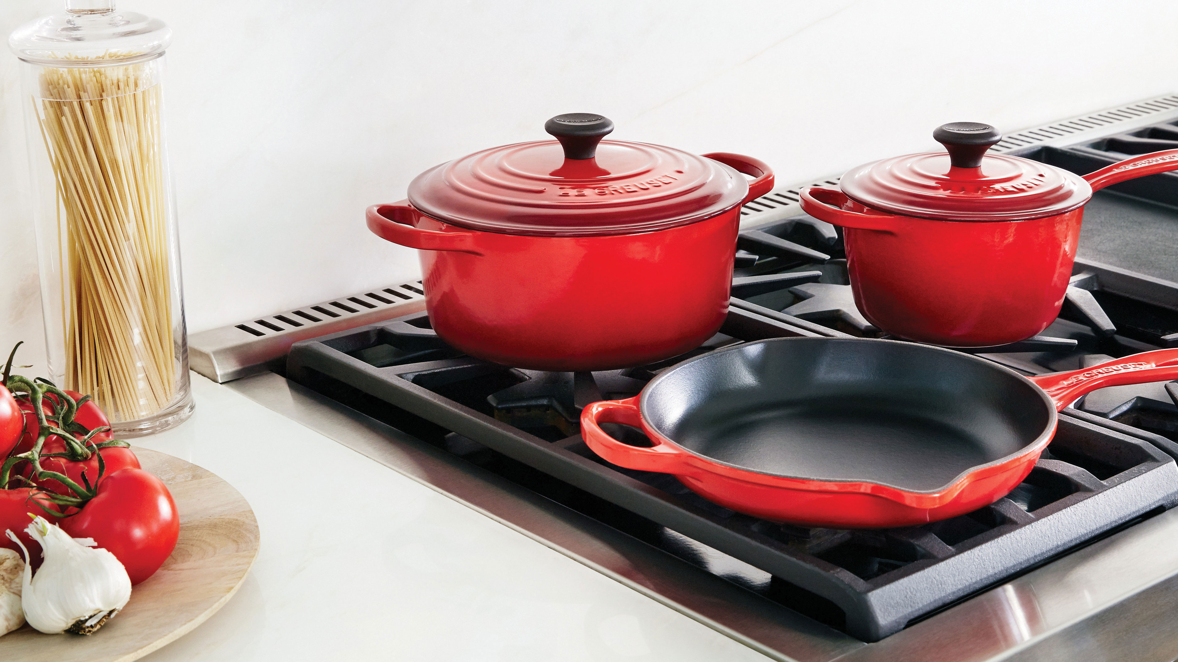 Le Creuset Signature Cast Iron Cookware Set 16 Piece