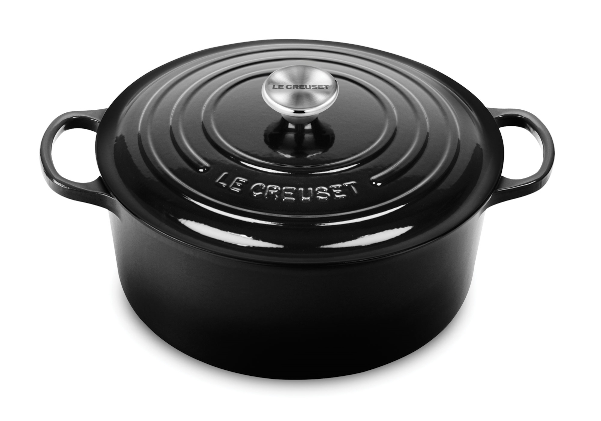 Le Creuset Signature Cast Iron 7.25-quart Black Round Dutch Oven