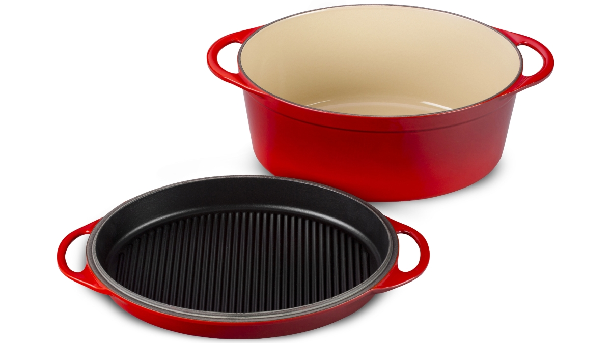Le Creuset Cast Iron 7.75-quart Cherry Red Oval Oven with Reversible Grill Pan Lid