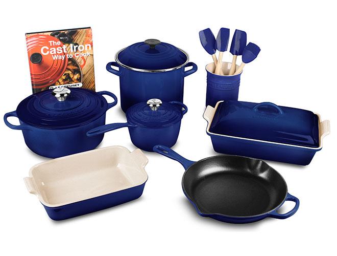 Le Creuset Signature Cast Iron 16-piece Cookware Set