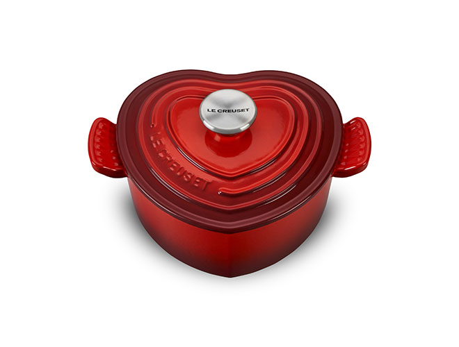 Le Creuset Cast Iron 2-quart Heart Casserole