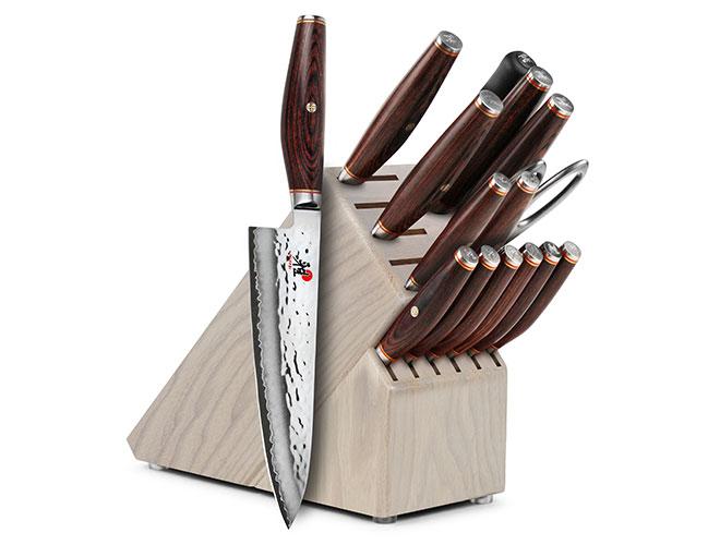 Miyabi Artisan SG2 16 Piece Gray Ash Knife Block Set