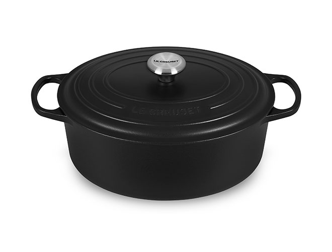 Le Creuset Signature Cast Iron 6.75-quart Oval Dutch Ovens