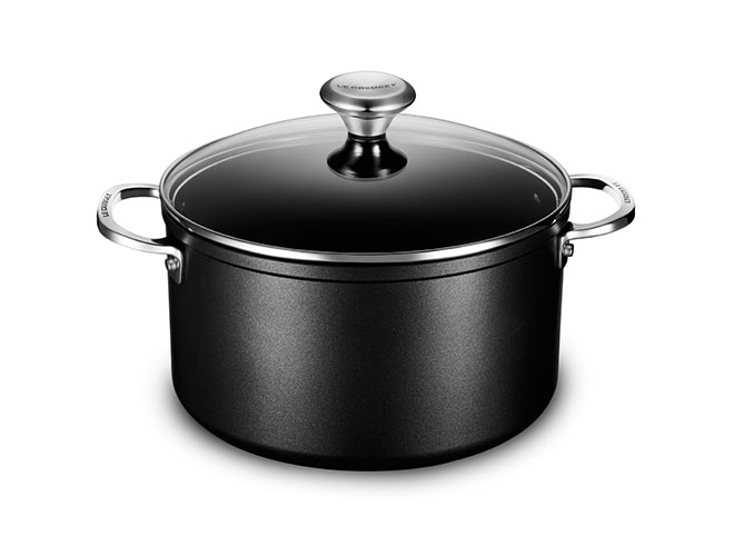 Le Creuset Toughened Nonstick Pro 6.3-quart Stock Pot