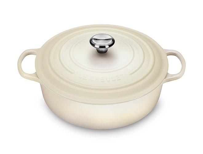 Le Creuset Signature Cast Iron 6.75-quart Meringue Round Wide Dutch Oven