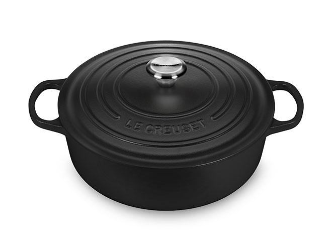 Le Creuset Signature Cast Iron 6.75-quart Licorice Round Wide Dutch Oven