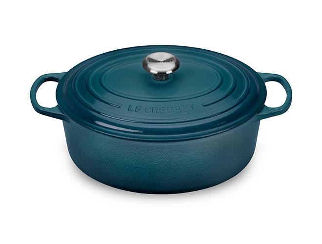 Le Creuset Signature Cast Iron 6.75-quart Oval Dutch Ovens