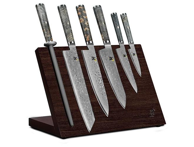Miyabi Black 7 Piece Magnetic Easel Knife Set