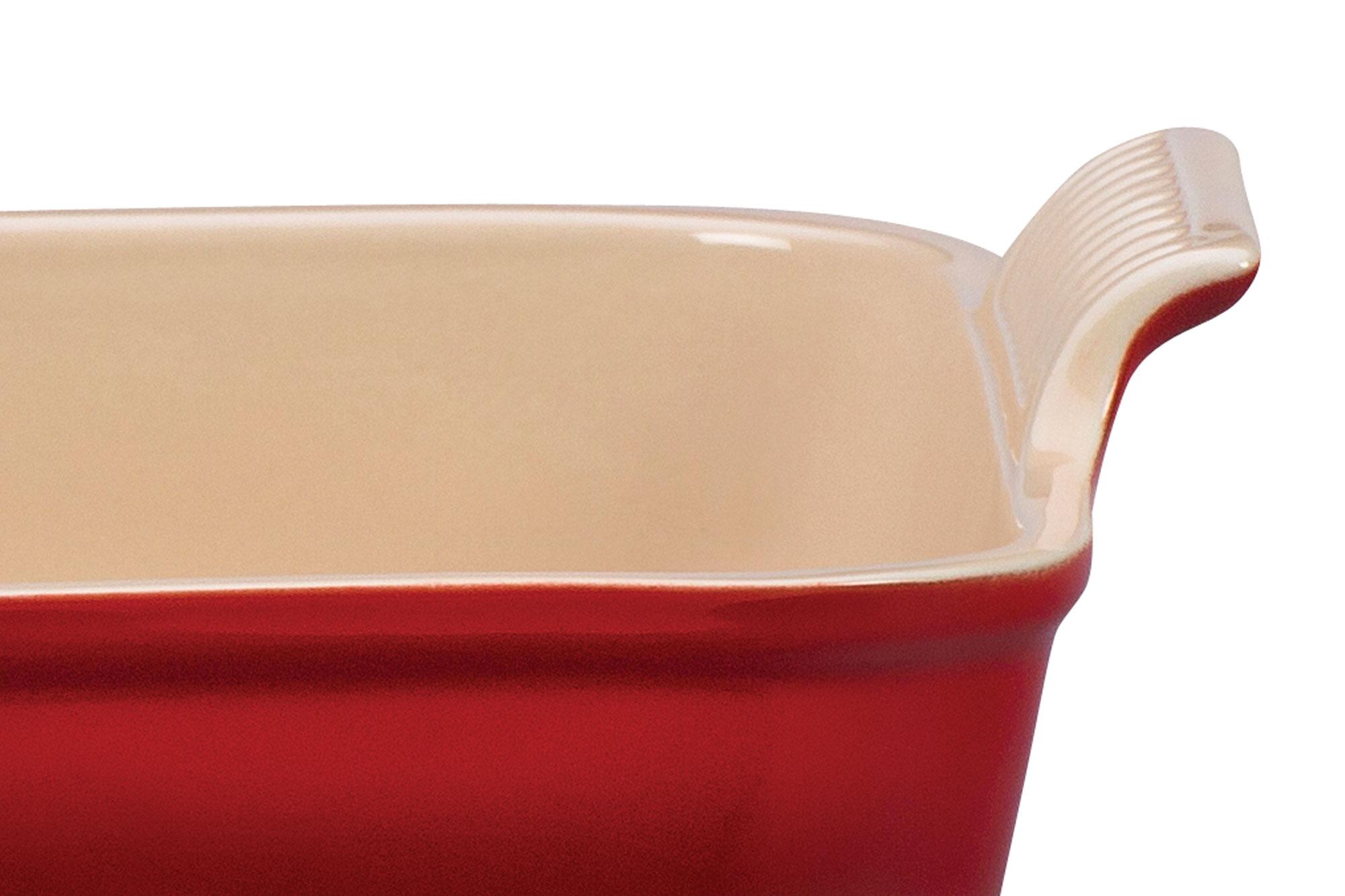 Le Creuset Stoneware Heritage Bakeware Set 3 Piece Cherry