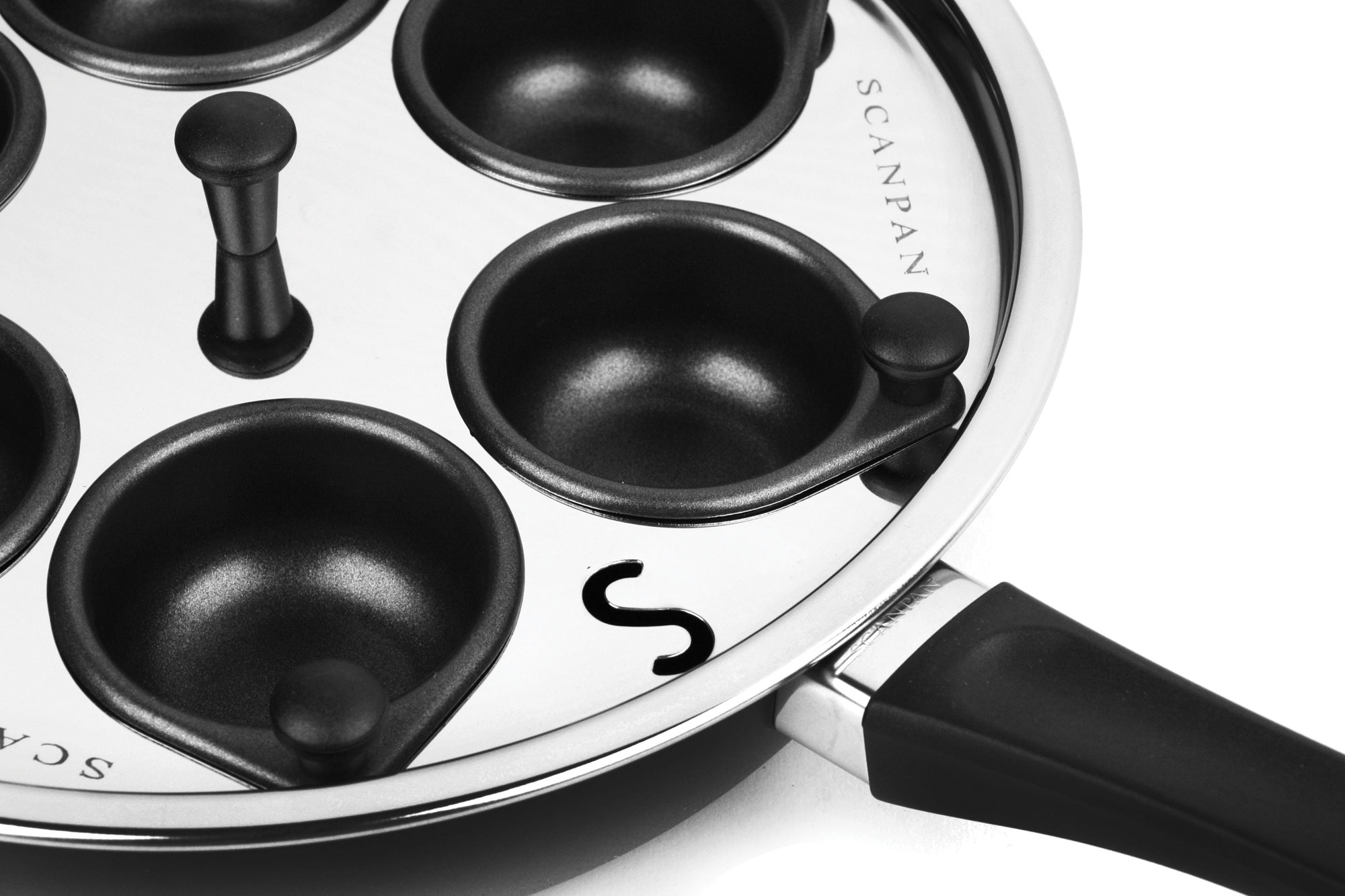 Scanpan Egg Poacher Insert 10 25 Inch Cutlery And More