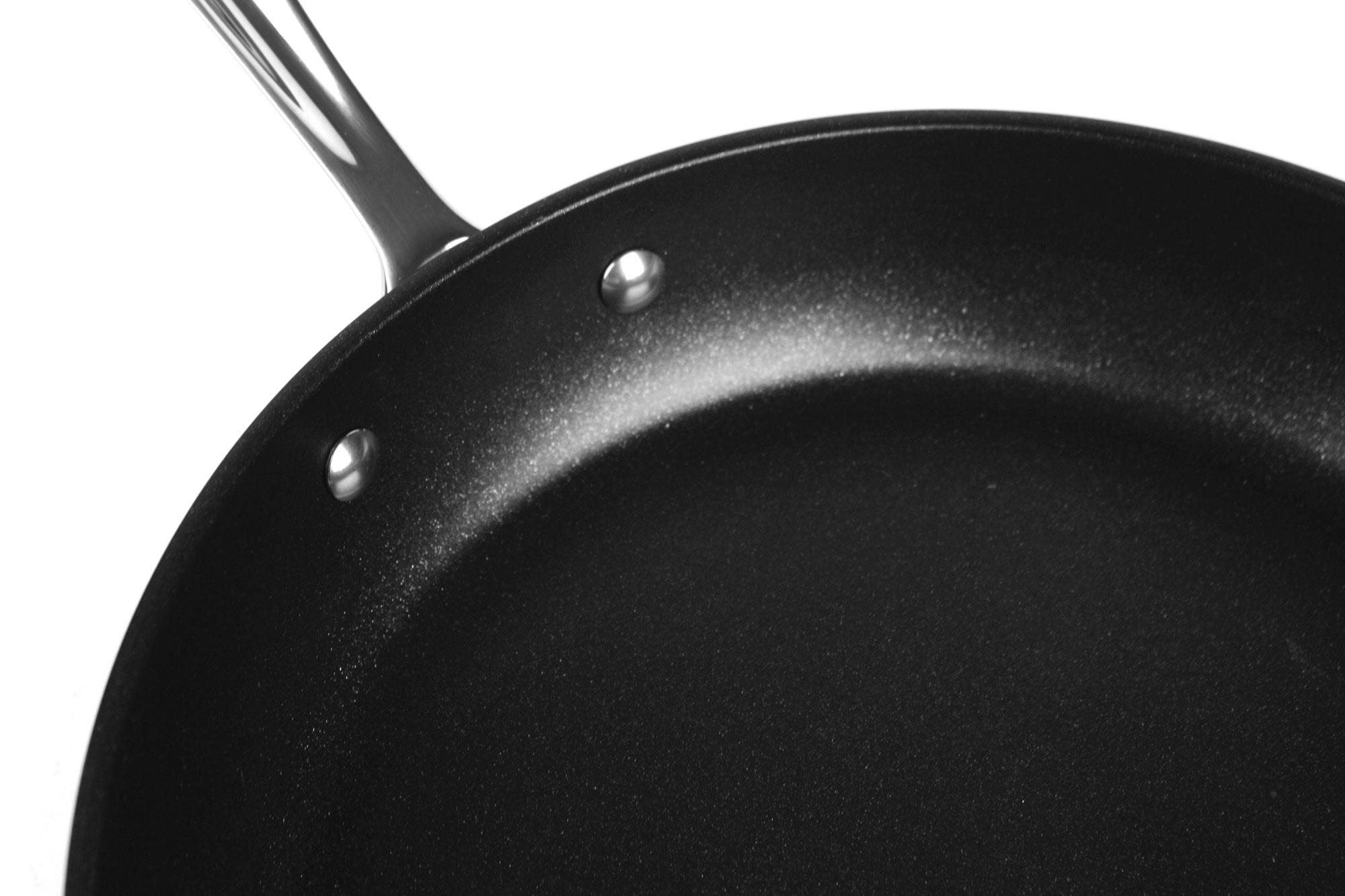 All Clad Ha1 Nonstick 8 Amp 10 Inch Skillet Set Cutlery