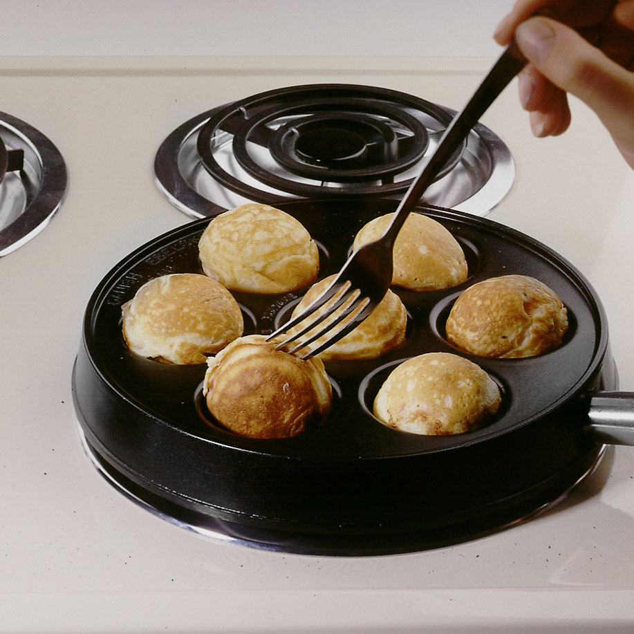 Nordicware Round Danish Ebleskiver Pancake Pan 9
