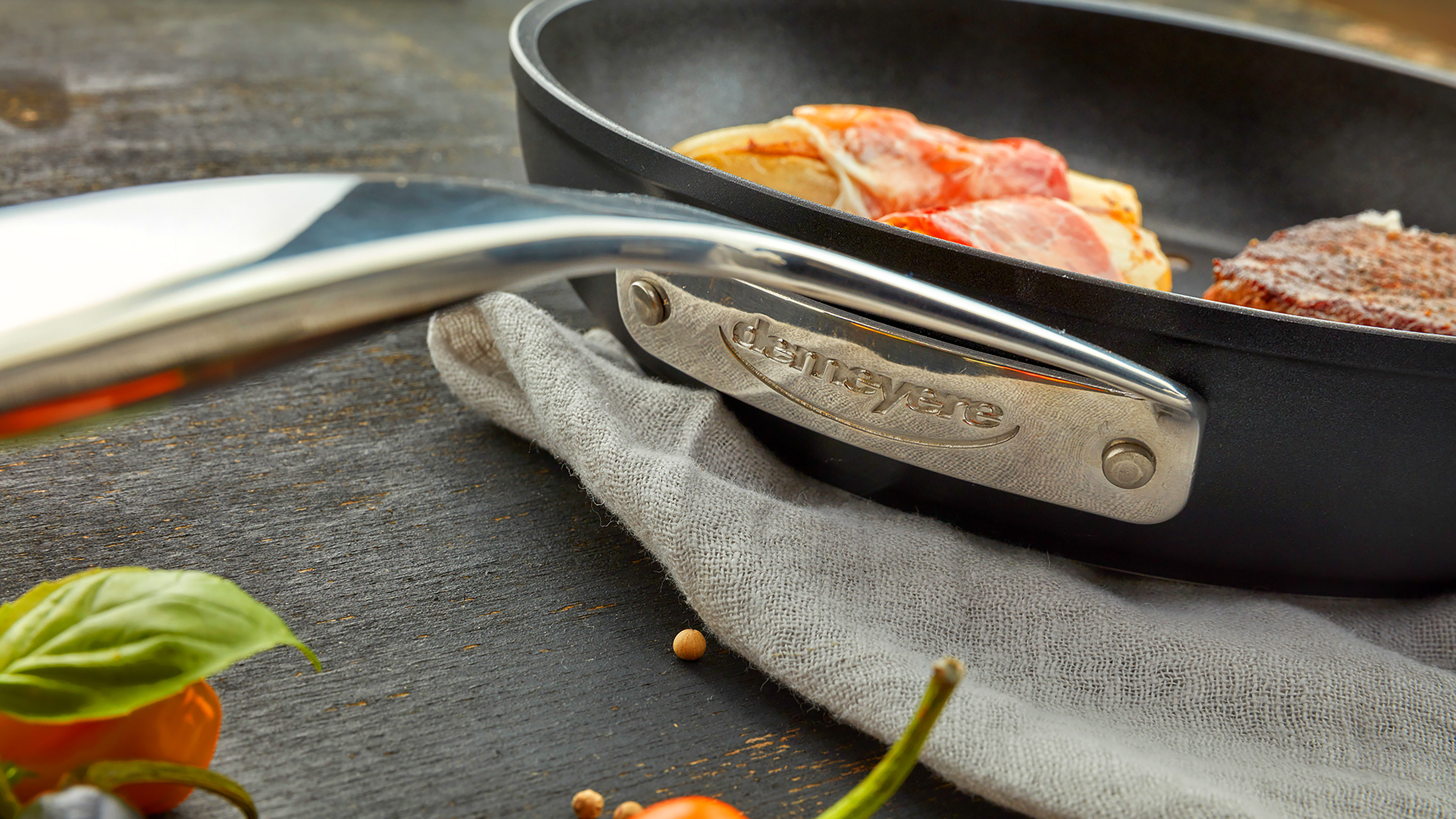 Demeyere Alupro Nonstick Deep Fry Pan 11 Quot Cutlery And More