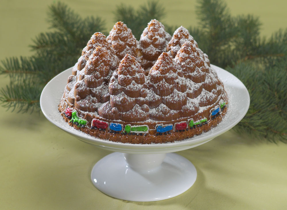 Nordicware Holiday Tree Bundt Pan 10 Cup Cutlery And More