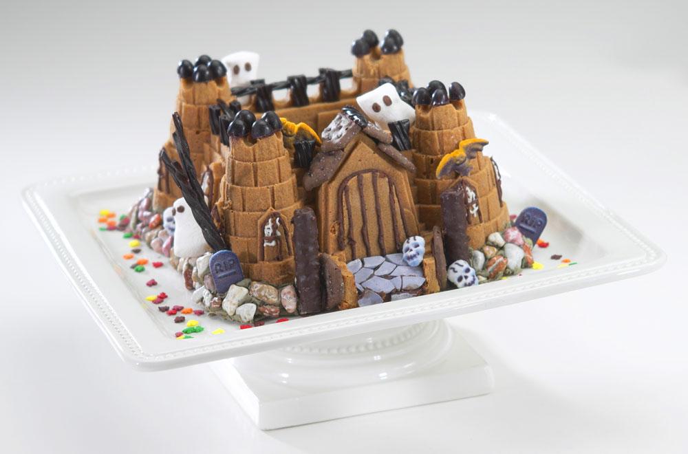 Nordicware Pro Form Bakeware Castle Bundt Pan 10 Cup