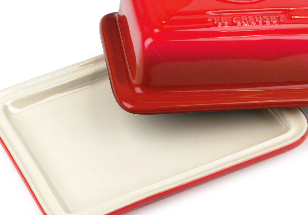 Le Creuset Stoneware Heritage Butter Dish Cherry Red