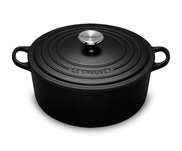 Le Creuset Cast Iron Round Dutch Oven Black Onyx 5 5
