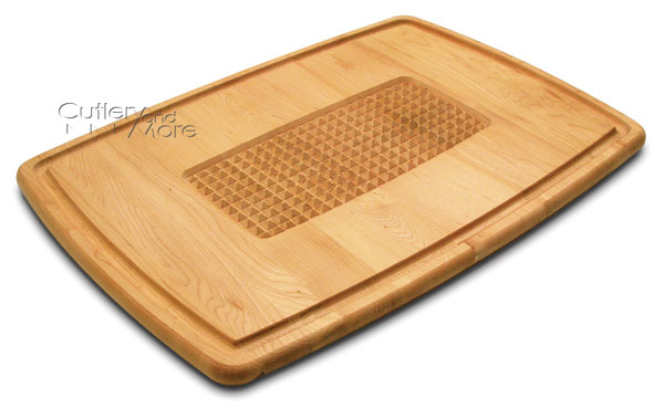 Snow river maple pyramid cut cutting board