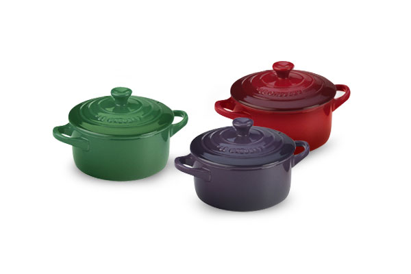 le creuset stoneware mini cocotte set 3 piece red fennel. Black Bedroom Furniture Sets. Home Design Ideas