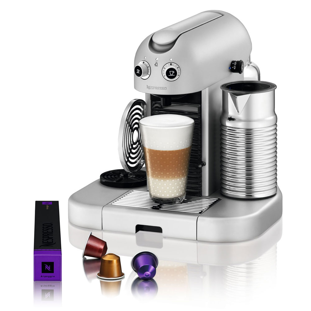Nespresso Gran Maestria Espresso Maker Platinum Cutlery