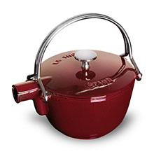 Staub 1-quart La Theiere Teapot