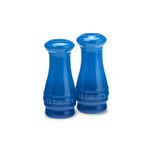 Le Creuset Stoneware 4-ounce Salt & Pepper Shaker Sets