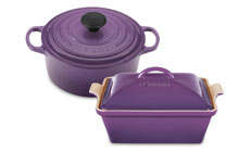 Le Creuset Signature Cast Iron 3½-quart Round Dutch Ovens with Bonus Stoneware Baker