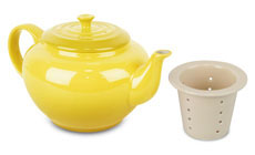 Le Creuset Stoneware 22-ounce Small Teapot with Infuser