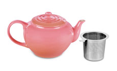Le Creuset Stoneware 1-quart Large Teapot with Stainless Steel Infuser