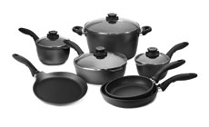 Swiss Diamond Nonstick Cookware Set with Bonus 9.5-inch Crepe Pan