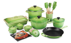 Le Creuset Signature Cast Iron 24-piece Cookware Sets