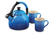 Le Creuset Enameled Steel 1.7-quart Peruh Tea Kettle and Mug Sets