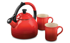 Le Creuset Enameled Steel 1.7-quart Peruh Tea Kettle and Mug Set