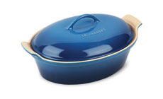Le Creuset Stoneware 2½-quart Heritage Covered Oval Casseroles