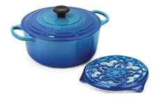 Le Creuset Signature Cast Iron 5½-quart Round Dutch Ovens with Bonus Trivet