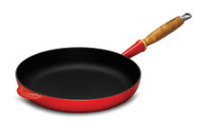 Le Creuset 9½-inch Heritage Cast Iron Fry Pan with Wood Handle