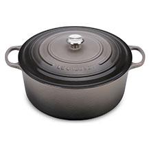 Le Creuset Signature Cast Iron 13¼-quart Round Dutch Ovens