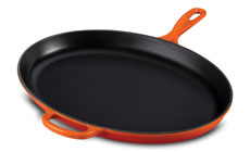 Le Creuset Signature Cast Iron 15¾-inch Iron Handle Oval Skillets