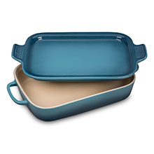 Le Creuset Stoneware 13 x 9-inch Rectangular Baking Dishes with Platter Lid